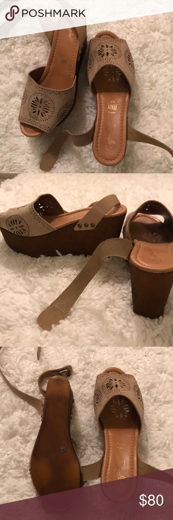 SALE 🌟 Seychelles: Brown Platform Wedges Worn once  Perfect condition  Brown suede  So comfy **Will not bargain on price!!   Fast shipping 📦 Seychelles Shoes Wedges