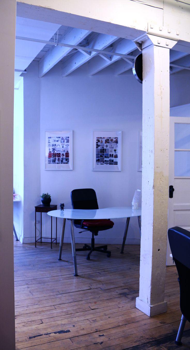 #Agency #Office #OfficeDesign #OfficeInteriorDesign #Lifestyle #OfficeStyle #Work #WorkLife  #Computer #Desk #SocialMedia #SocialMediaAgency #Digital #DigitalAgency #Computer #Desk
