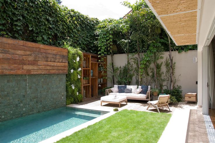 patio con piscina