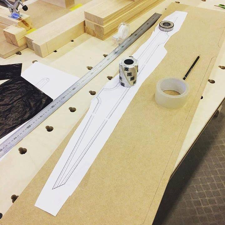 Tänään vähän askarreltiin mallinteita. #puuseppä #puuala #osao #opiskelu #woodworking #woodwork #joinery #carpenter #design #studing http://ift.tt/2gLNfqJ