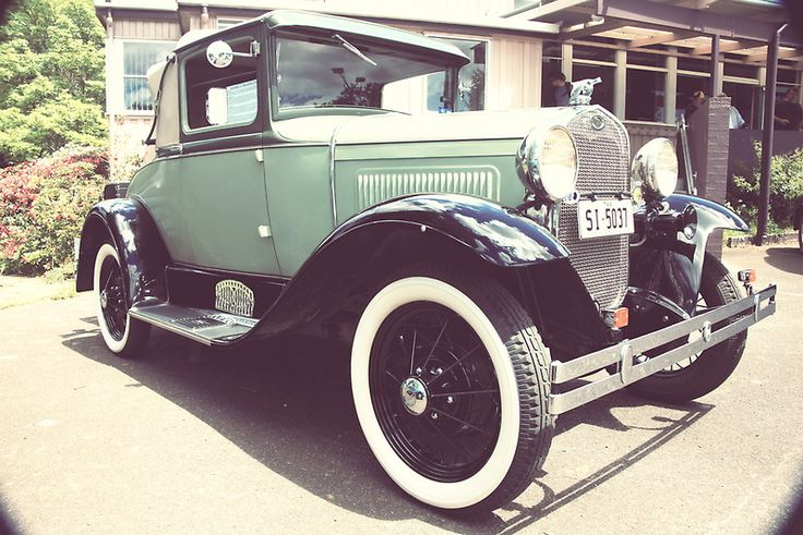 Vintage 1930 Ford @ Wilmot School Fair (with Old Vintage Effect)