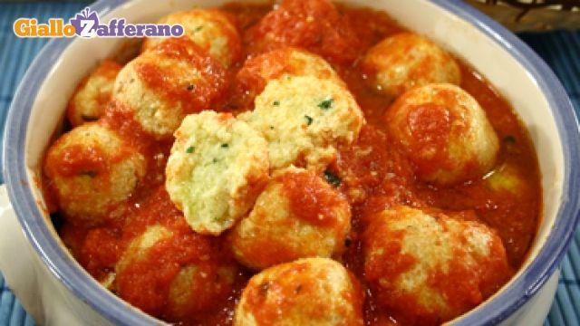 Ricetta Polpette di ricotta col sugo - Le Ricette di GialloZafferano.it