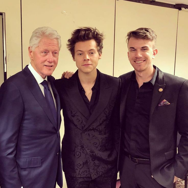 Harry at the MusiCares Person Of The Year Honoring Fleetwood Mac, January 26, 2018 with Bill Clinton & Grady Keefe