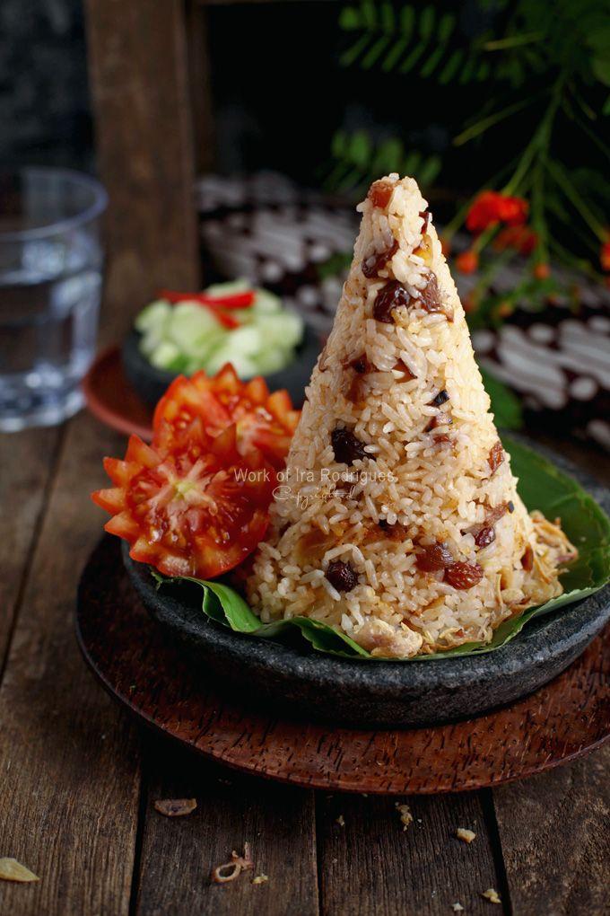 Nasi Bukhari/Nasi Khabsah (Sultanas & Almond Rice) one of Arabia cuisines that influenced in Indonesian Betawi (Jakartan)