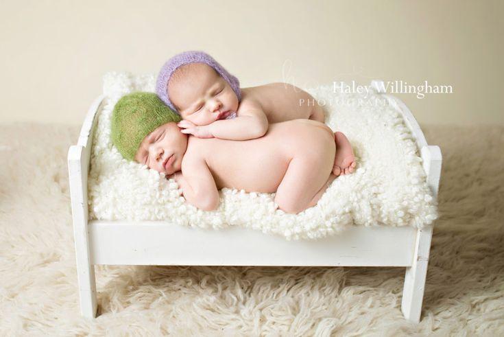 Maryland virginia west virginia newborn twin photographer newborn twin photography newborn