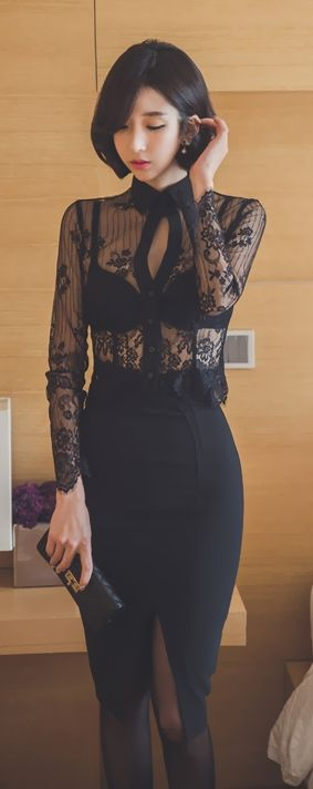 방이동룸싸롱[O1O - 8799 - 77I6]《해성부장》방이동접대 A급아가씨 잠실2부가게 방이동2부가게Women's fashion   High waist pencil skirt and sheer lace long sleeves blouse