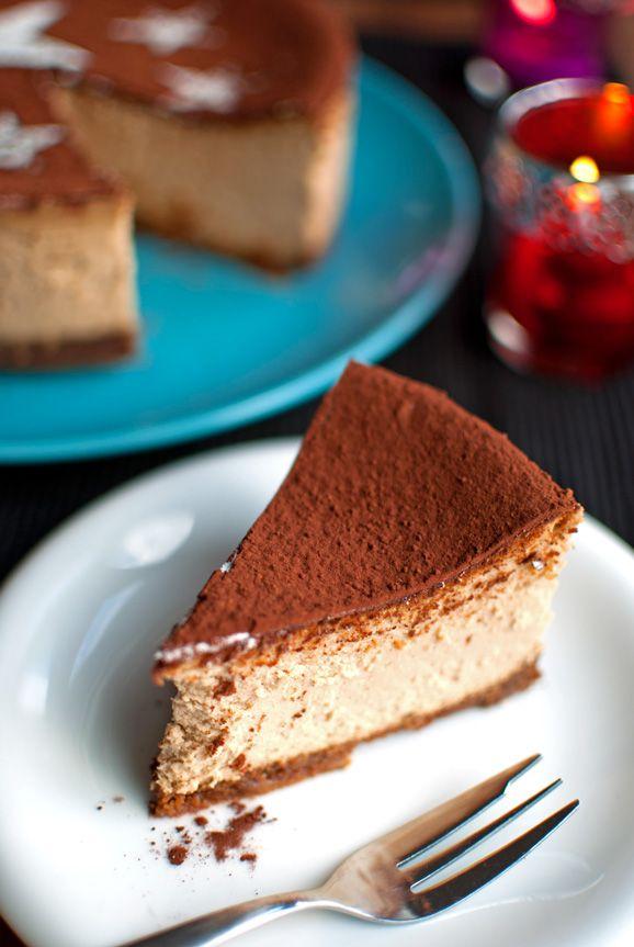 Tiramisu Cheesecake. Boozy and creamy with a nice kick of coffee and a Biscoff cookie crust!