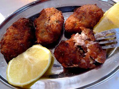 χταποδοκεφτέδες! Octopus balls in Greece!