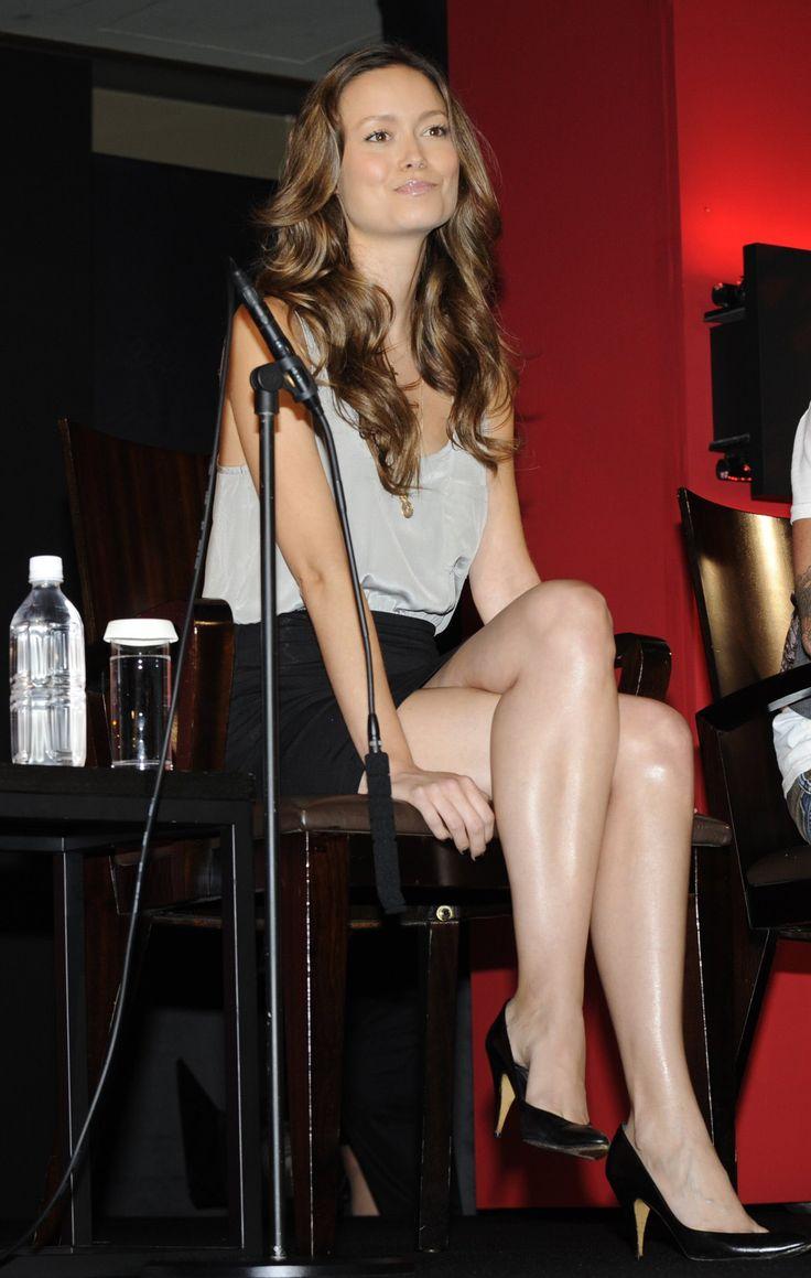 crossed legs | Legs | Pinterest | Ashley tisdale, Summer ...