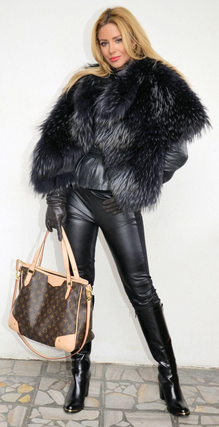 Fur and leather→follow←✿♥ℱabulous ℱur♥✿ @ ★☆Danielle ✶ Beasy☆★