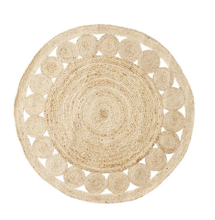 Tapis rond en jute pour une décoration naturelle et bohème.  Une création Madam Stoltz.  Diamètre : 120 cm.