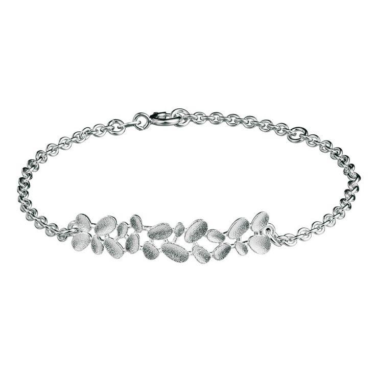 Kalevala Koru / Kalevala Jewelry / Haave-rannekoru / Daydream Bracelet / Design Tiina Arkko / Silver