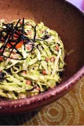 キャベツと納豆の和風おつまみサラダ