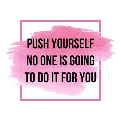 WEBSTA @ resultswithlucy - You are in charge of your present and your future no one else . Your mind will determine what you will achieve once you believe in yourself anything is possible . #stayfocused #rwlfitties #resultswithlucy #workout #feelgood #behappy