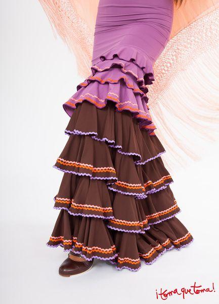 Rüschenröcke - Flamencorock mit vielen Volants und Verzierung - ein Designerstück von Tomaquetoma bei  www.tomaquetoma.de