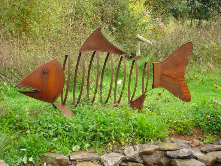 331 best garden art metal animals images on pinterest for Fish garden statue