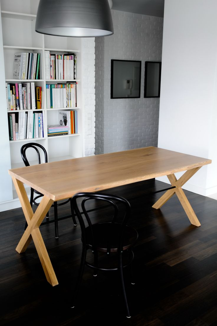 Moromou Table Spartacus