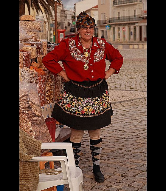 Traditional Woman    Portugal Nazare Traditional dress of fisherman wife