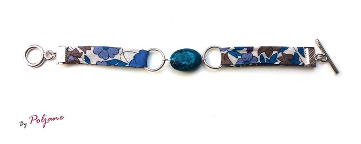 "Bracelet en tissu liberty ""Betsy indigo"" et pierre naturelle chrysocolle ovale bleu vert marbrée : Bracelet par by-poljane"