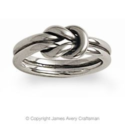 James Avery is one of my favorite jewelry designers -- I particularly love all the knot pieces.