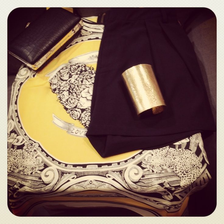 Jaffa Shorts, Print Yellow and Black Top, Clutch and Fundo Bangle from Bow & Pearl.