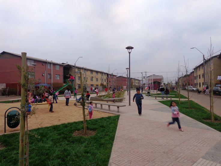 Plaza San Juan. Barrio San Hernán. San Fernando, región de O´Higgins 2013. Junto a equipo MINVU región de O´Higgins