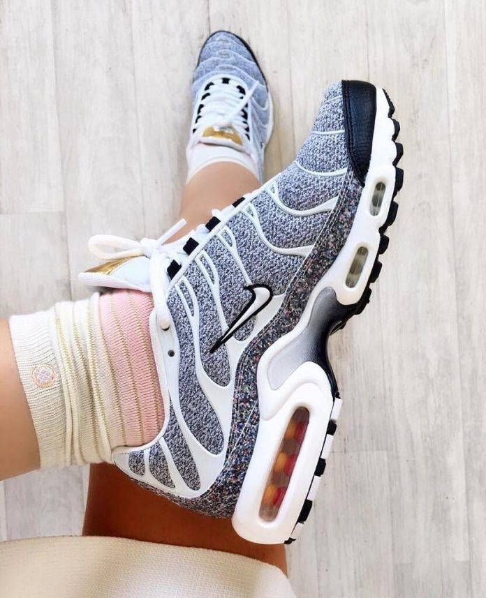 41b3879e77 Top 10 Nike Air Max Plus Sneakers | Sneakerz | Page 10 | Shoes ...