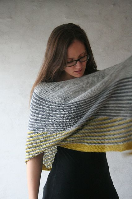 Ravelry: ZarahMaria's Afternoons, Evenings & Mornings (Love the colors for this Color Affection shawl)