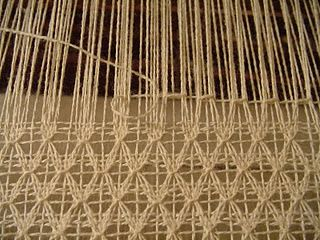 Staggered Brooks Bouquet Weaving