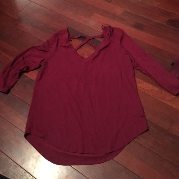 AE Criss Cross Shirt Pre loved v neck in the front Criss cross in the back wine color American Eagle Outfitters Tops Tees - Long Sleeve