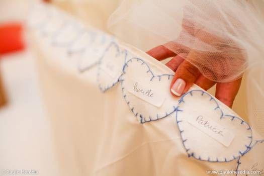 Que tal o nome das amigas solteiras na barra do vestido? / Ideias para o casamento barra da noiva
