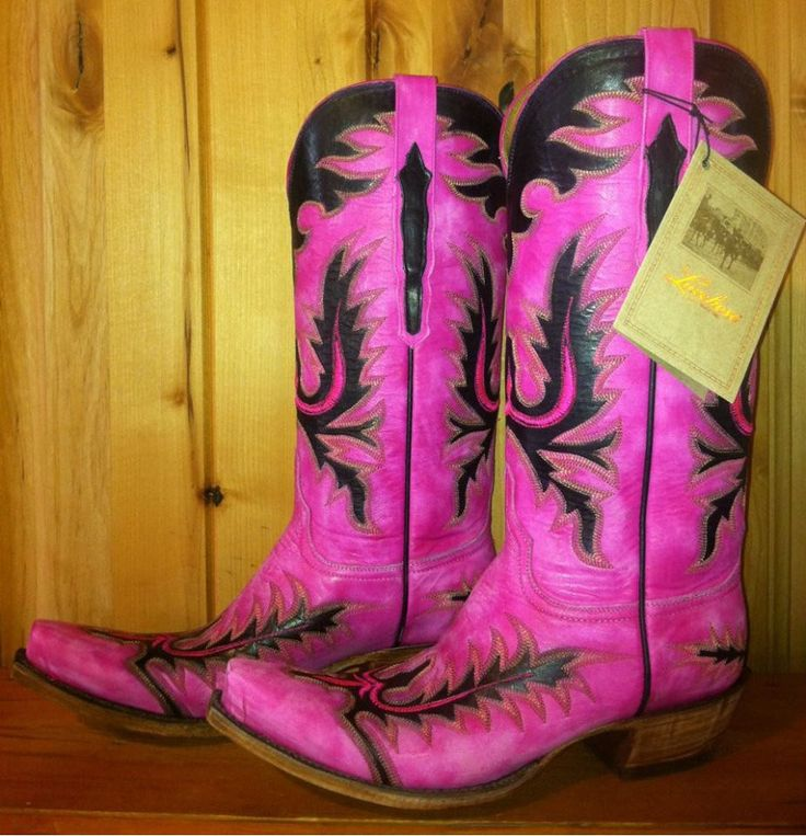 Lucchese Classics Pink Cowgirl Boots at RiverTrail in North Carolina. L4726.