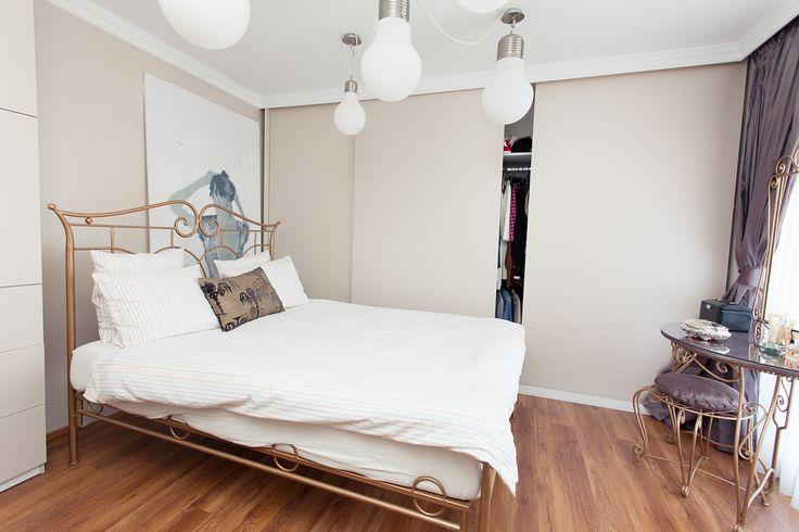 Shabby Chic Home Decor Idea - Bedroom