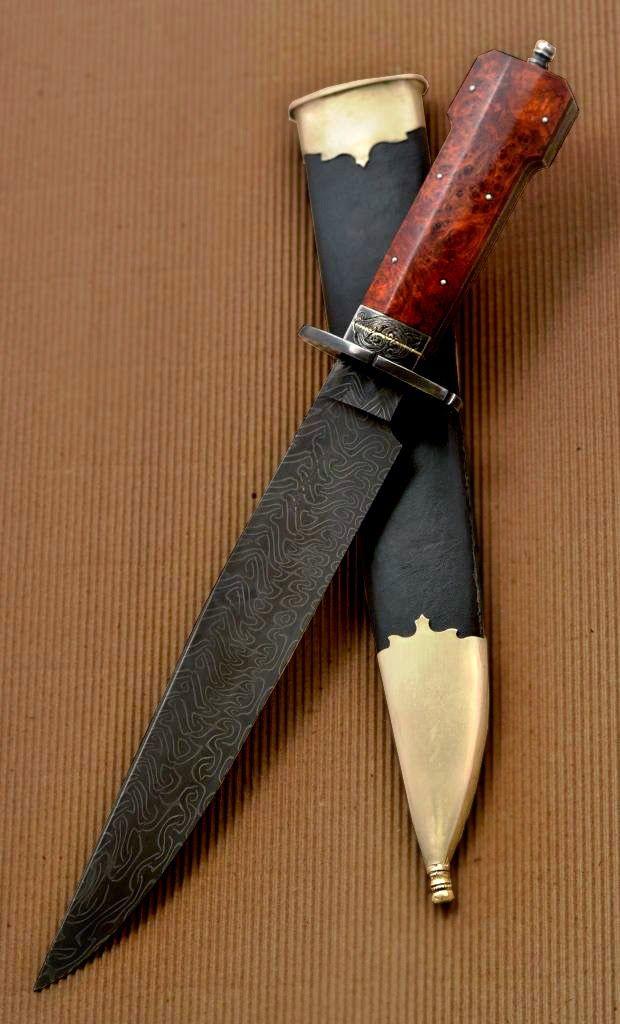 Contemporary Makers: Dog Bone Bowie Knife by Leonardo and Eduardo Fontenla