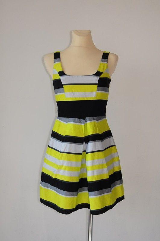 6eabe10363 Sukienka czarno szaro żółta r. 34 - Debenhams