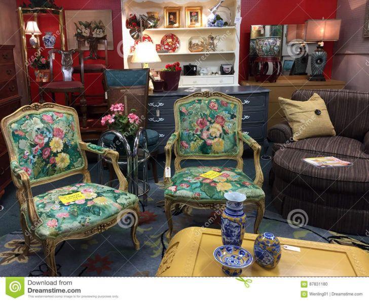 Interior Design Magasin Vente De Meuble Vieux Meubles A Vendre Magasin Antique Editorial Vente Commercial Interiors Decor Home Decor