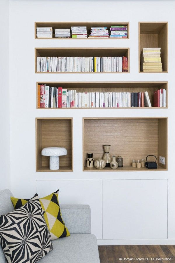 """designmeetstyle: """" homedesigning: """" (via Custom Built In Shelving) """" Stunning shelving both blends with surroundings almost seamlessly. Contrasting paneling makes it pop. """""""
