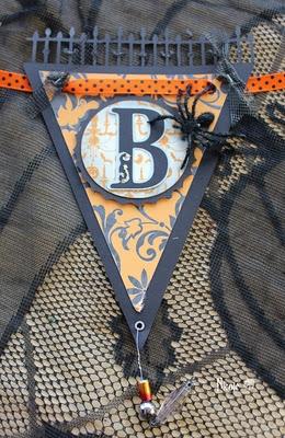 Halloween Banner  http://canadiannickelscrapn.blogspot.com/