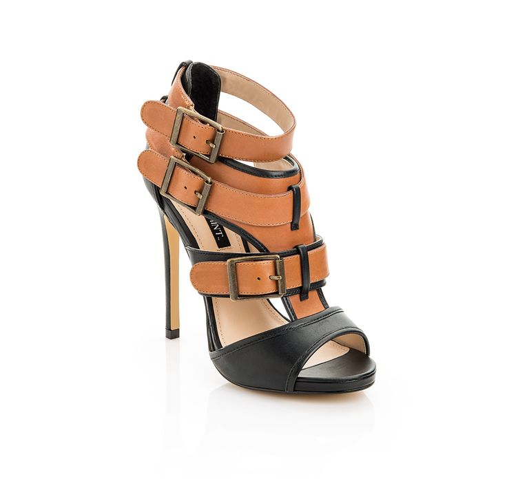 #Love #Buckles on these #Heels & the #Color #Contrast