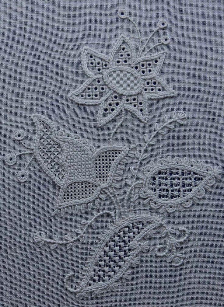 www.embroiderersguildqld.org.au wp-content uploads 2014 01 D-Love-Schwalm-Flowers-thumb.jpg