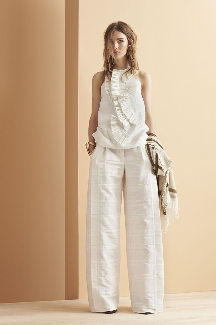 Maiyet Resort 2015. Read the review on Vogue.com.