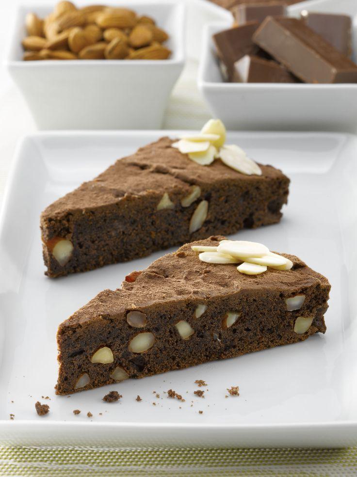 Aprende a preparar estos exquisitos Brownies de almendras sin azúcar para tu familia y amigos.