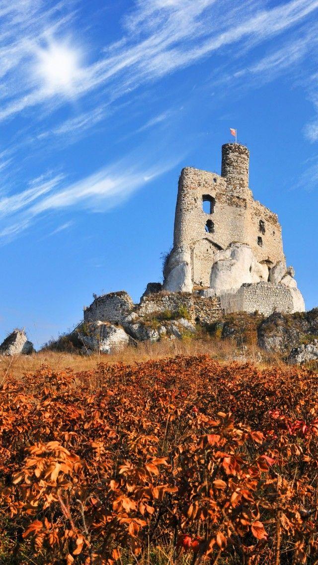 Poland-Ruins-Of-Mirow-Castle
