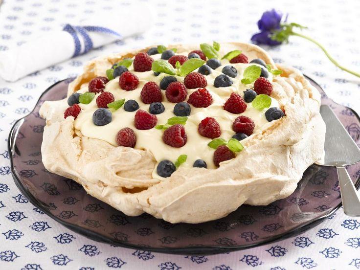 pavlova desert | Oppskrift på dessert Pavlova kake