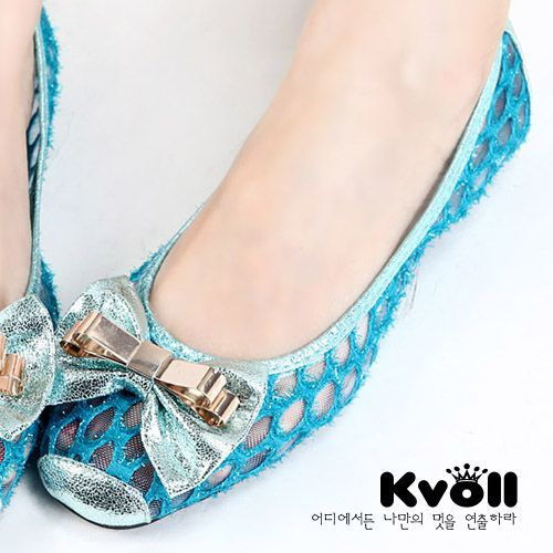 [READY STOCK] KVOLL KVJL15 Sisa Size 38. PRICE : Rp.330.000,-. CONTACT US FOR ORDER : SMS 081212415282 / 087881221141. Blackberry PIN 26e6d360. Twitter : @mayorisshop. FB Account : mayorishop@yahoo.com. Facebook Fan Page : Mayorishop Online. Happy Shopping ^_^