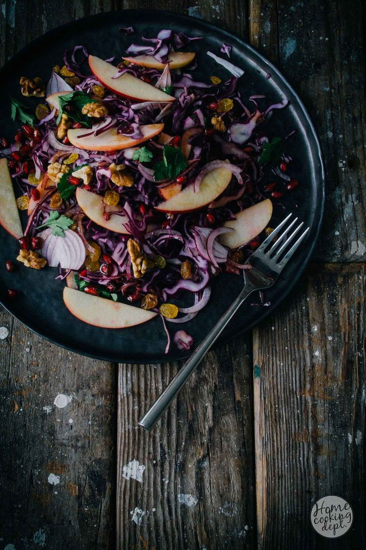 rode kool salade / red cabbage salad / Photography Homecooking dept.