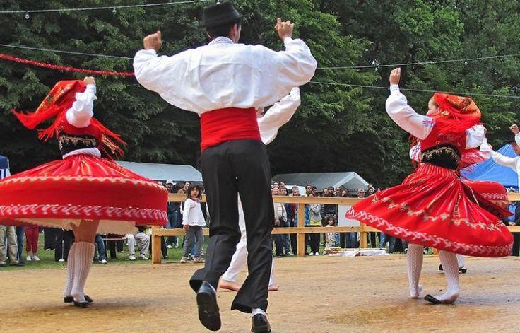 Portugal (Portuguese) Folk Dance