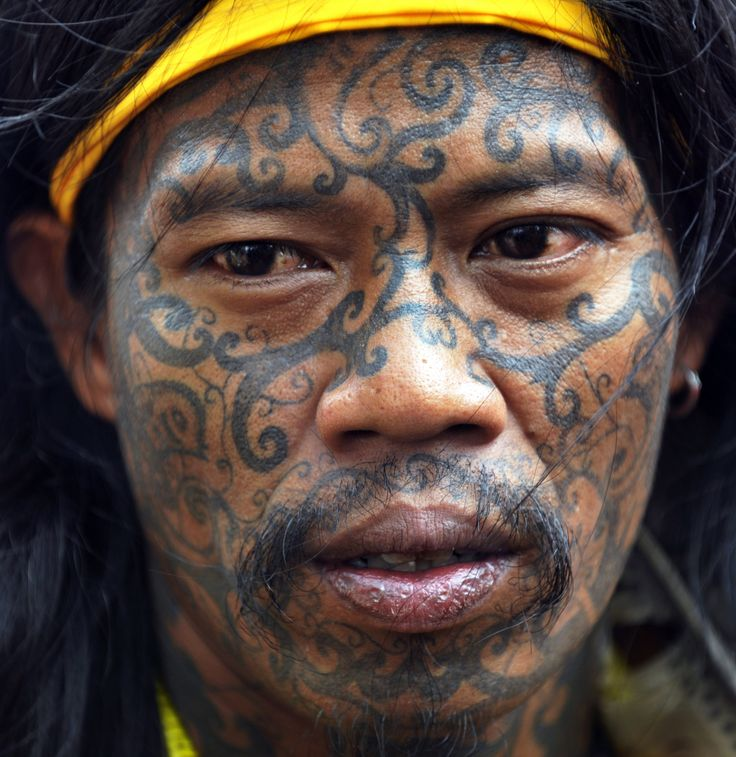 Dayak tribesman from Borneo island participate in a protest by members of indeginous tribe in Jakarta 1/11 The group denounces University of Indonesian sociologist for allegedly offending the Dayak tribe in a remark regarding sexual practices made while he was a witness in a pornography case trial of an Indonesian rock star. The sociologist research on several Indonesian tribes and Dayak people stating that sex without marriage is acceptable has caused negative perception of the Dayak…