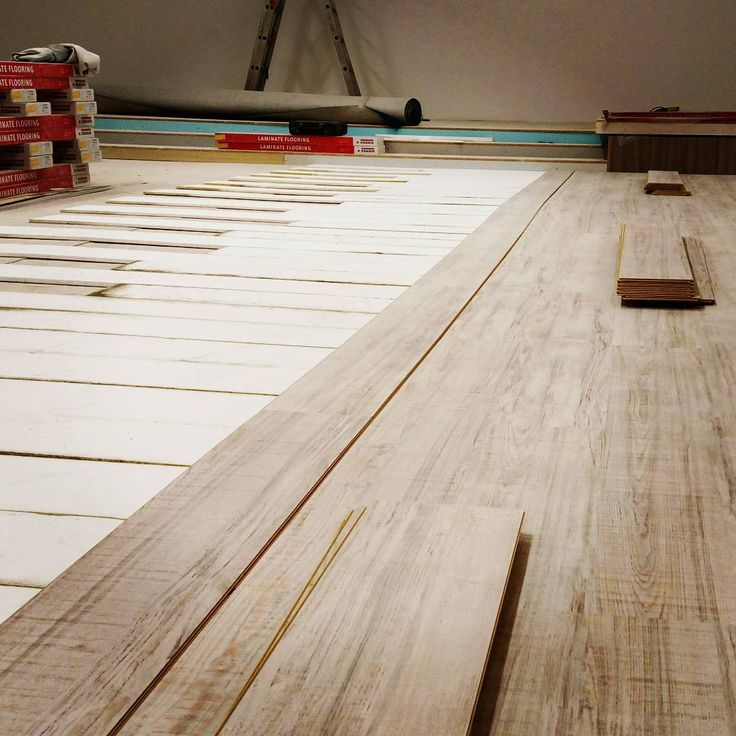 17 best images about laminate flooring on pinterest for Laminate flooring techniques