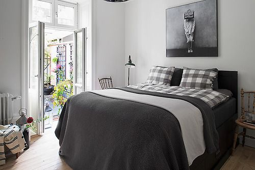 checkered & gray bedding (via Fantastic Frank) (my ideal home…)